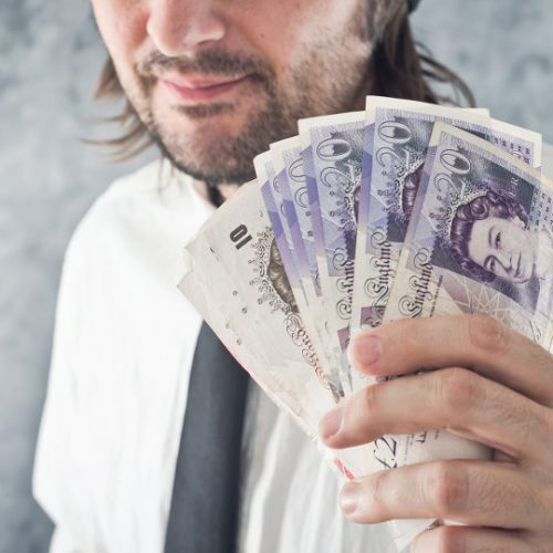 Things to Consider Before Taking Out a Payday Loan