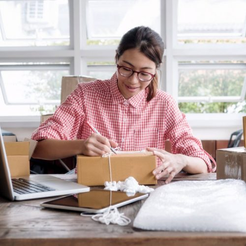 8 Tips for Building Your eCommerce Business